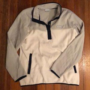 Half bottom up Columbia sweatshirt